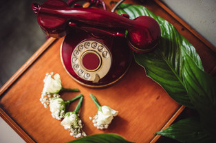 07-telefono-vintage-fiore-sposo.jpg