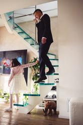 17-reportage-sposo-casa-ritratti-bambina