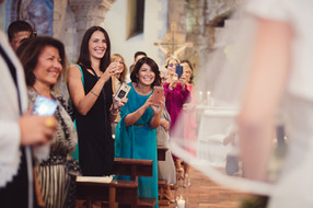 ingresso-sposa-chiesa-parenti.jpg