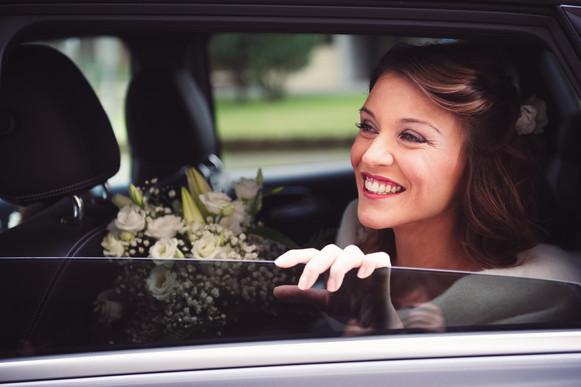 37-sposa-reportage-automobile-finestrino