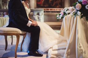 47-gemelli-sposo-altare.jpg