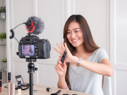 How Should Influencers Protect Themselves When Working with Brands?