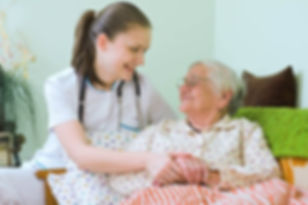 φροντίδα ηλικιωμένων (5).jpg