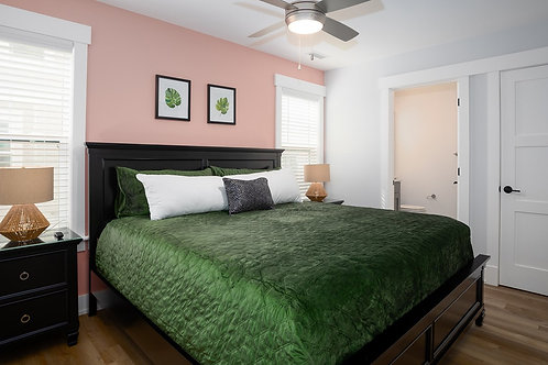 #23 Ground Level King Master Suite