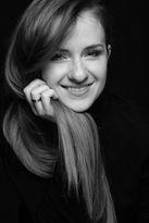 Black-and-white-female-portrait-02