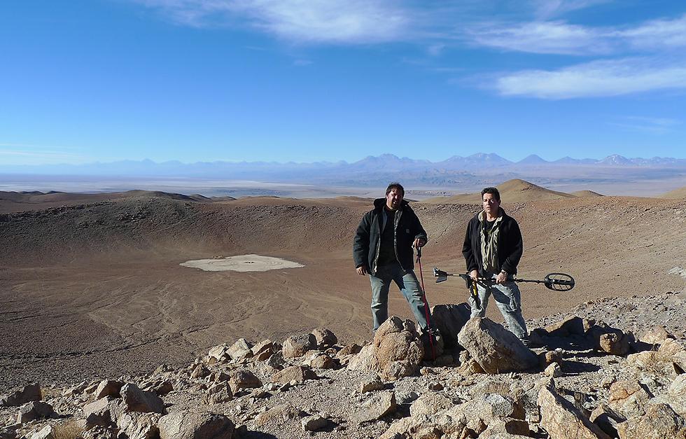 Meteorite Men at Monturaqui Crater 2.png