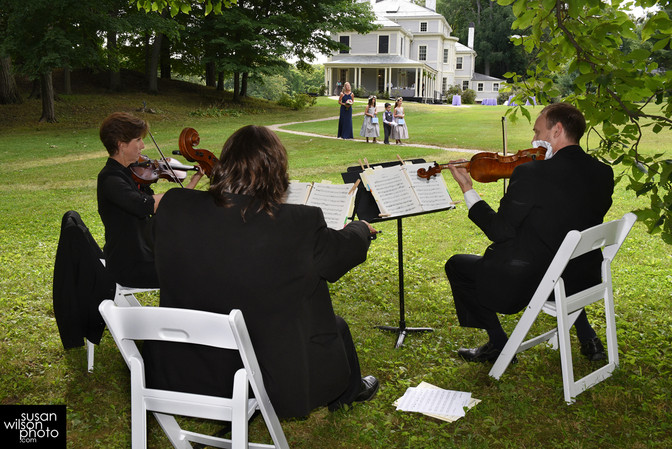 How to Use Live Classical Music for Your Wedding