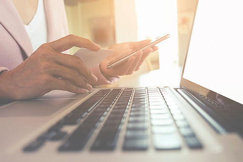 Canva - Internet online shopping.jpg