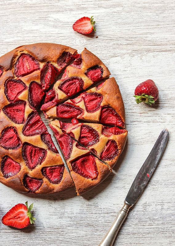 banana-strawberry-cake-4.jpg