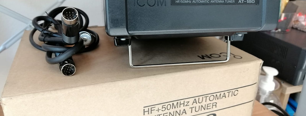 ICOM AT-180 accordatore automatico