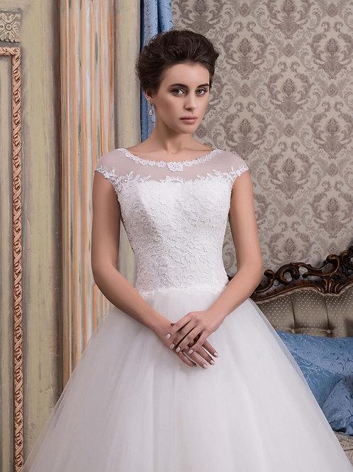 W022 - Finoman csipkézett felsőrészű menyasszonyi ruha