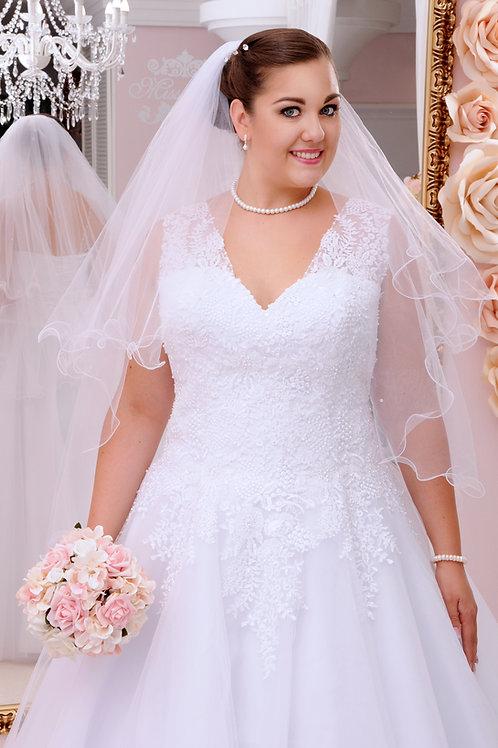 M708 - Gyöngyökkel és csipkével díszített tüllös menyasszonyi ruha