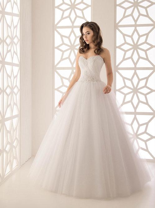W946 - Légiesen könnyed menyasszonyi ruha gyöngyökkel díszített felsőrésszel