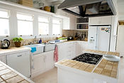 נקודות מים וחשמל במטבח