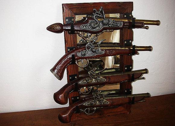 4 x Antike Deko Hahnpistolen inklusive Spiegel Halterung