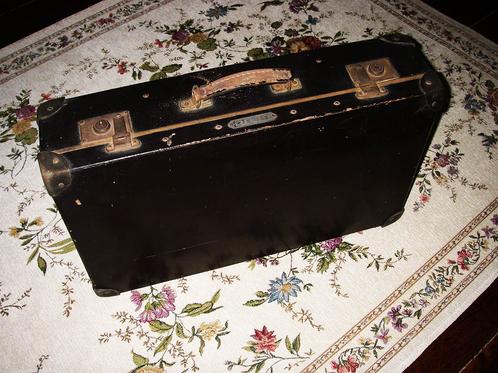 antike koffer schwarz einzigartige luxus antik event. Black Bedroom Furniture Sets. Home Design Ideas
