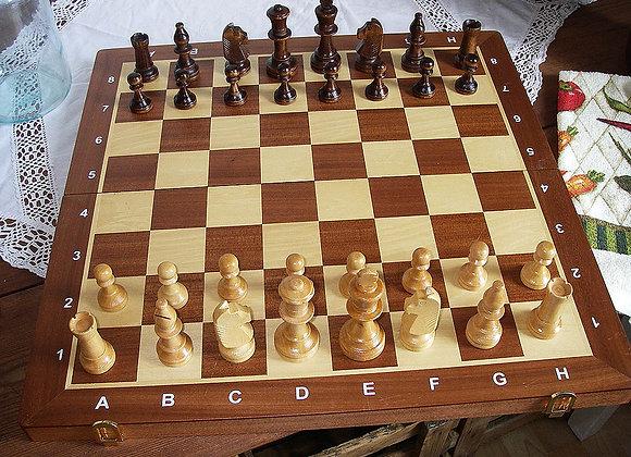Tisch-Schachspiel massiv Holz