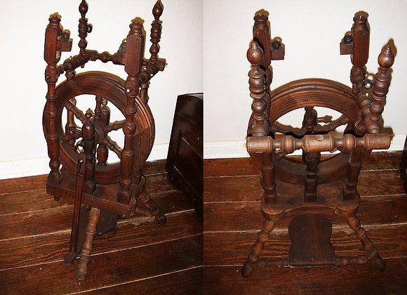 Antiker Holz Spinnrad