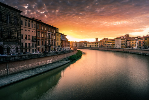 River Arno, sunset