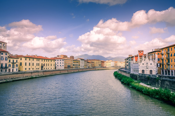 River view, Pisa