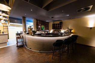 Bar Klein.jpg