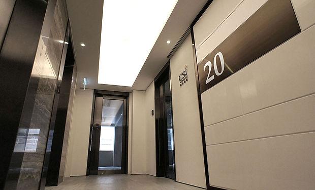 20-lobby-image-3.jpg