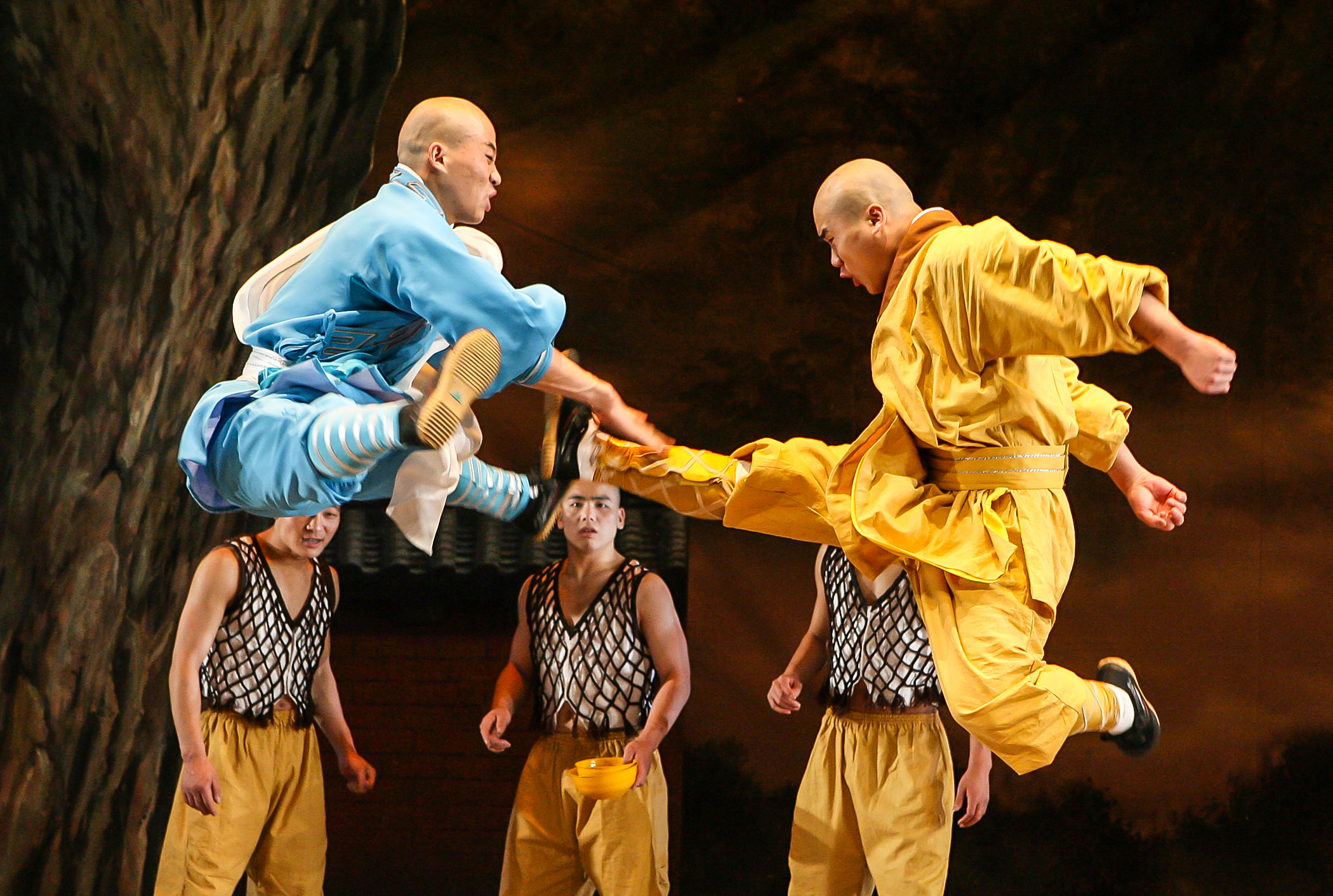 3-XShaolin002_Kicking.jpg-3