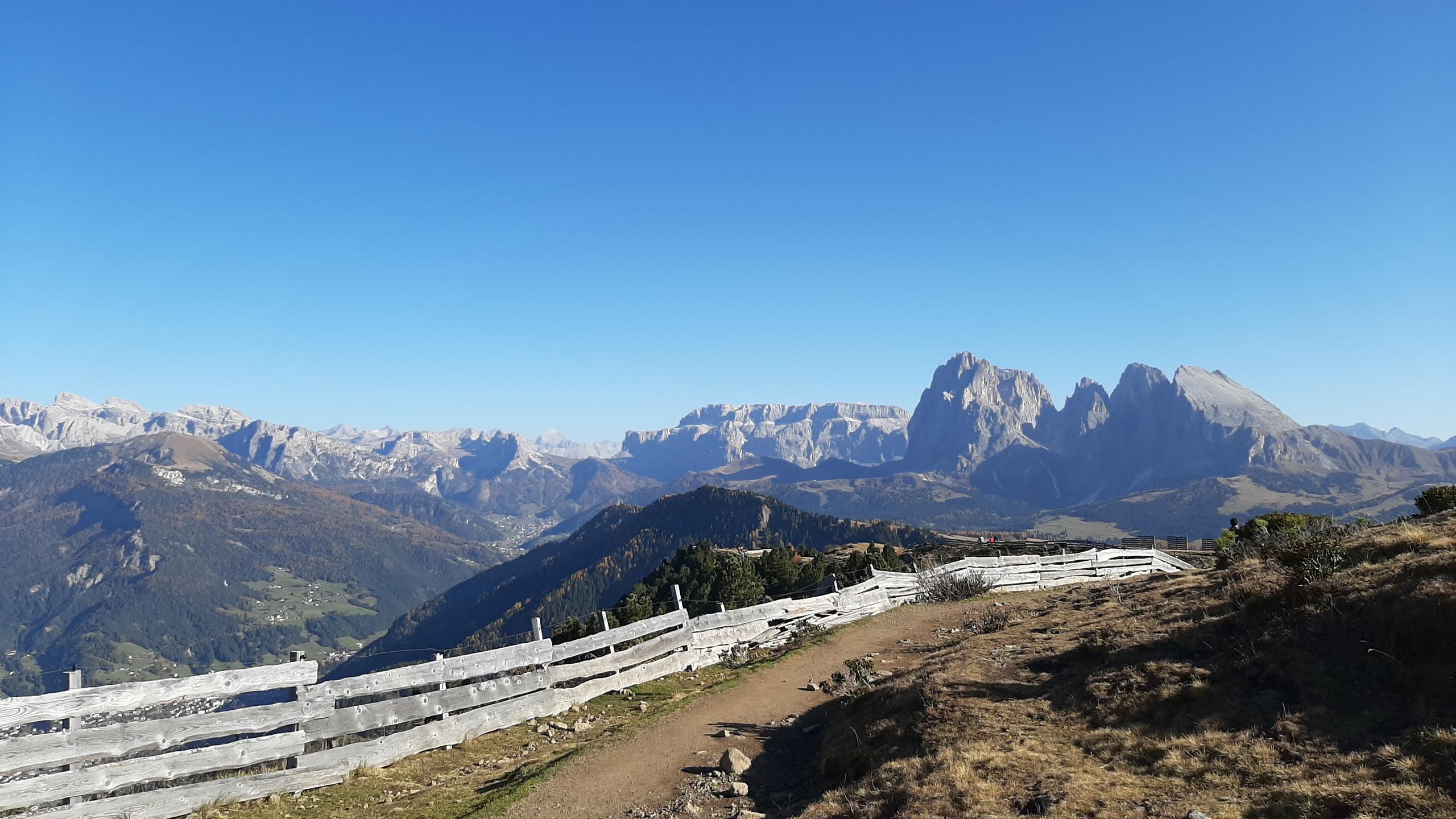 "Alpe di Siusi, sentiero ""Bullaccia - Puflatsch"", vista panoramica"