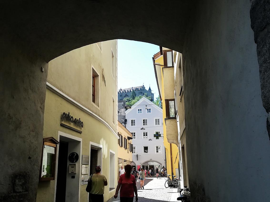 Castello di Brunico visto dal centro