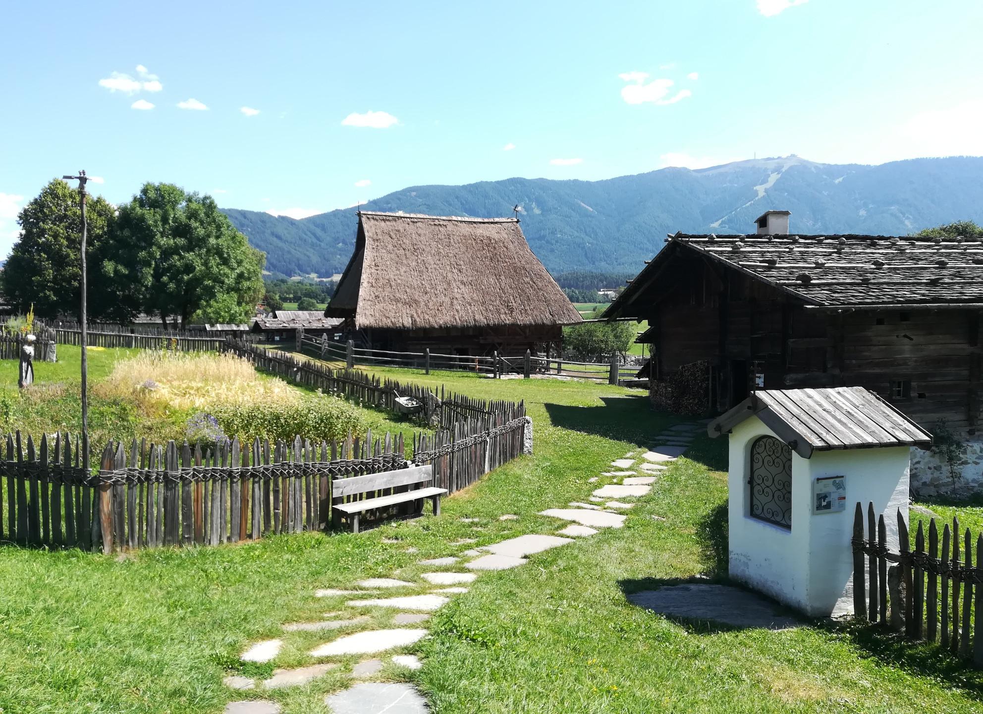 Museo usi e costumi Teodone Brunico
