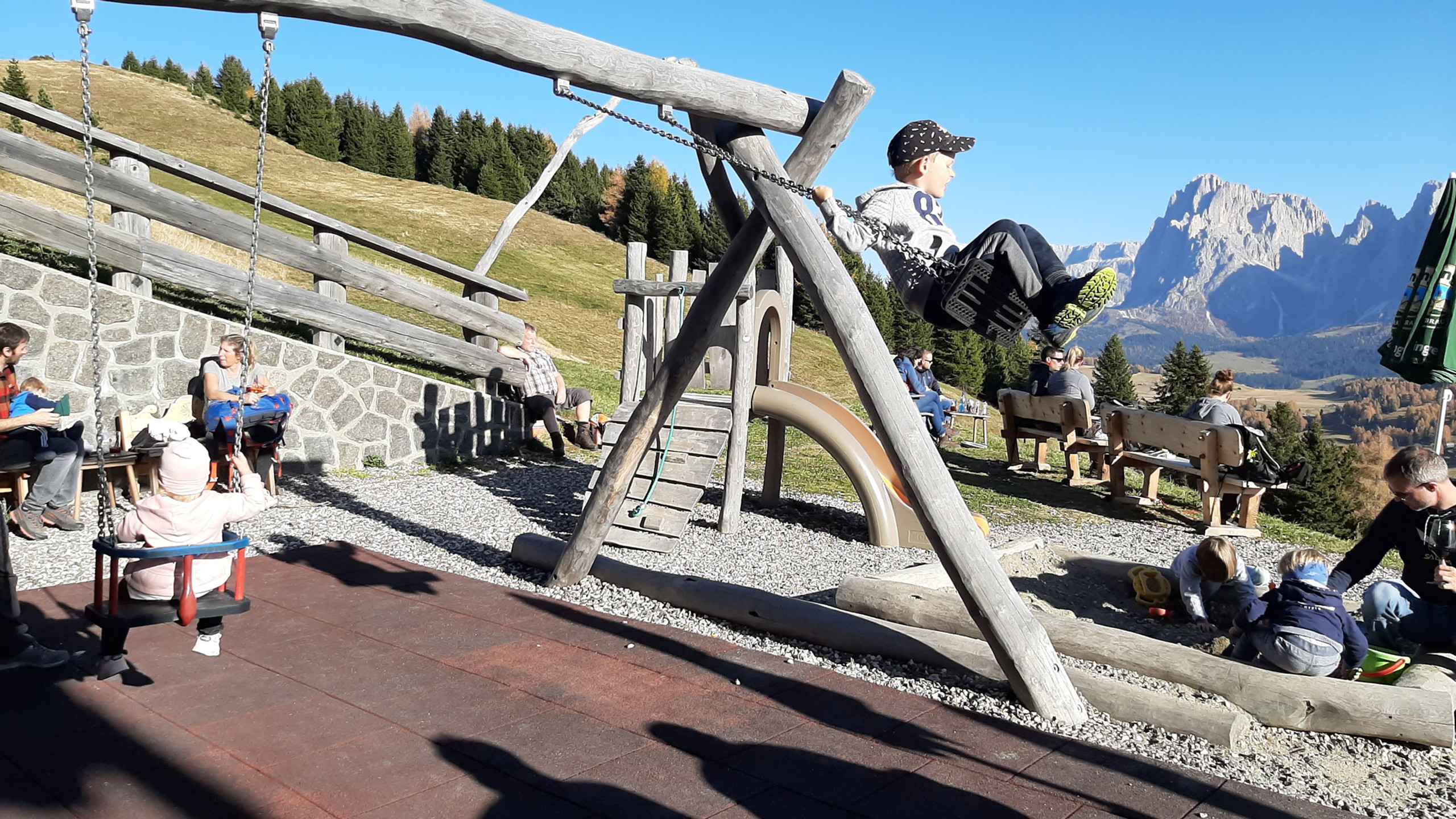 "Alpe di Siusi, sentiero ""Bullaccia - Puflatsch"", malga Tschötsch"