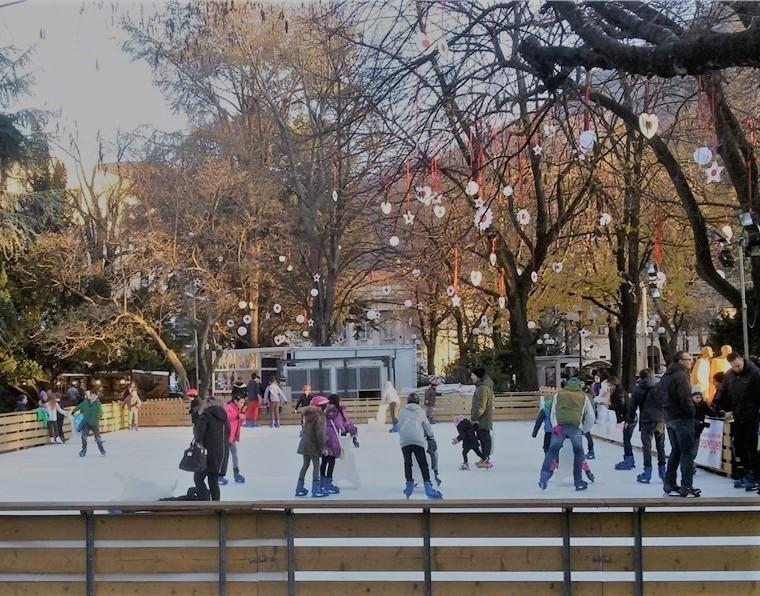 Bolzano, villaggio del Natale di Parco Stazione
