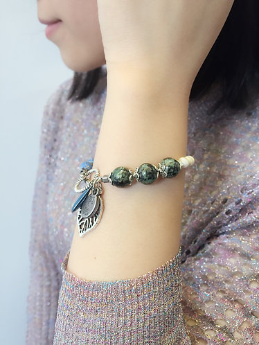 Ivory Shell Bracelet