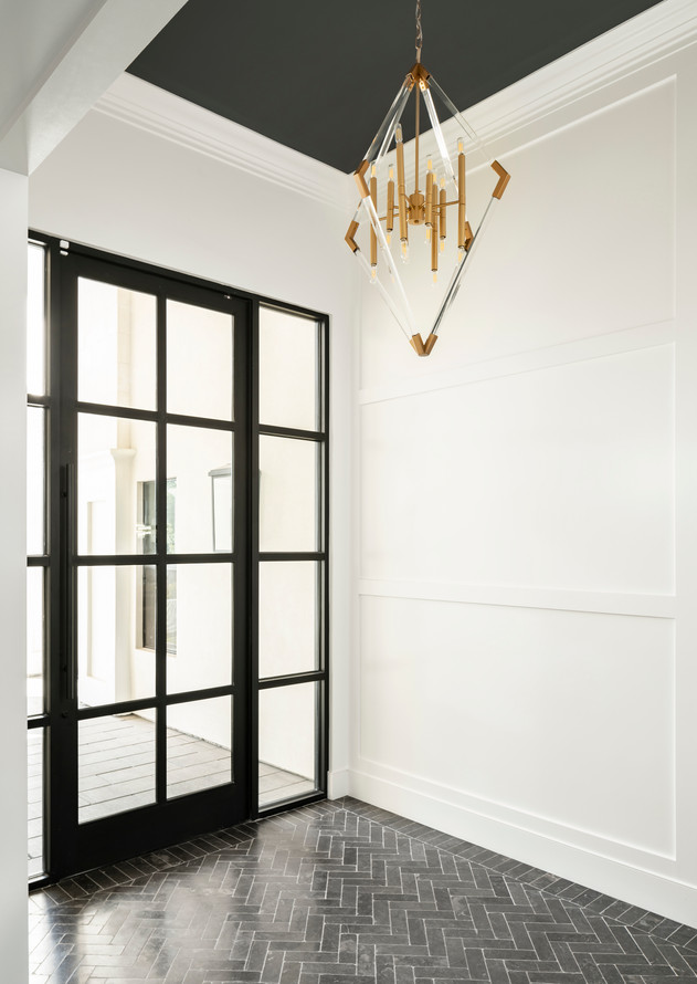 Orleans Drive Entryway