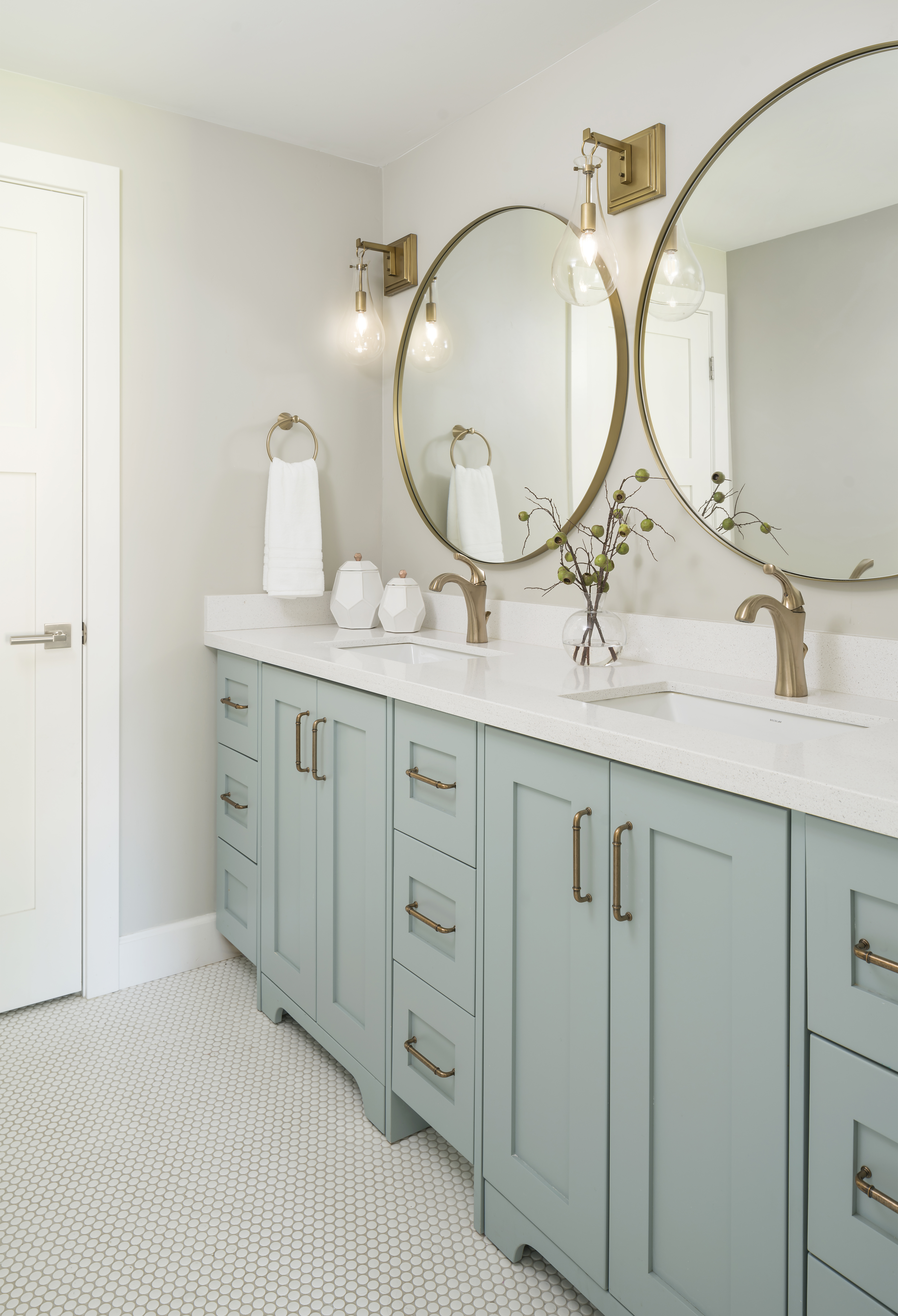 Gilbert Farmhouse Bathroom