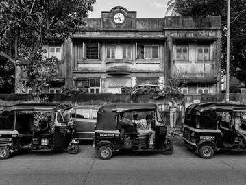 Essay | Where Was Time: The Public Clocks of Bombay