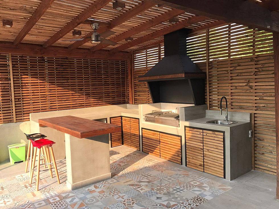 Terrazas y quinchos obraa chile for Mesas para terrazas exteriores