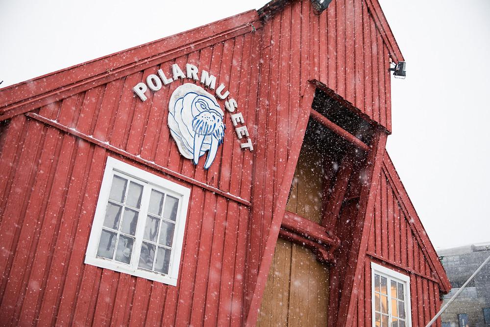 Polarmuseum in Tromsö im Winter Außenansicht