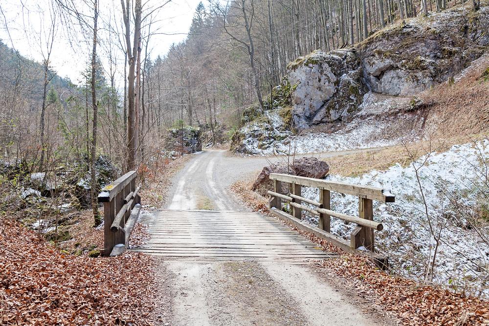 Hinteralm, Kleinzeller Hinteralm, Gutensteiner Alpen, Alpenvorland, Schindeltal, Niederösterreich, Wandern, Wanderung, Bergwandern, Wanderweg, Brücke