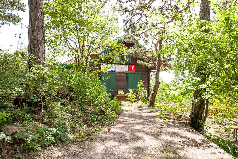 Buschberghütte, Alpenverein, Buschberg, Leiser Berge, Weinviertel, Wandern, Niederösterreich, Wandertipp, Ausflug