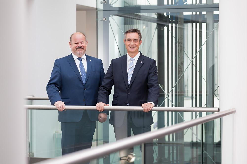 Vorstand der Kremser Bank Christian Hager und Hansjörg Henneis