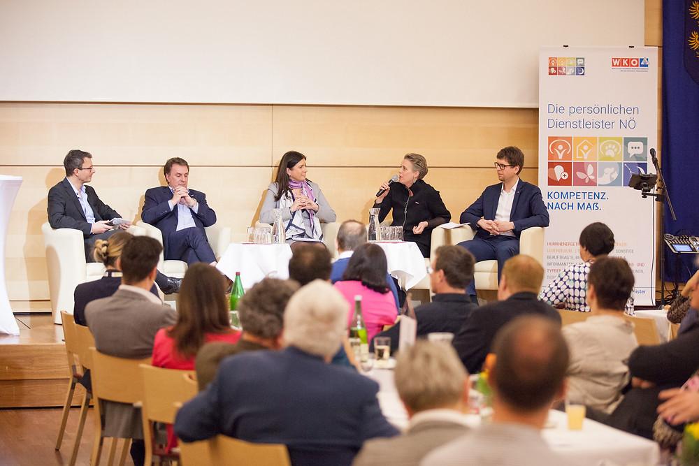 Persönliche Dienstleister der WKNÖ mit Wolfgang Ecker, Birgit Streibel, Vera Sares, Mathias Past.
