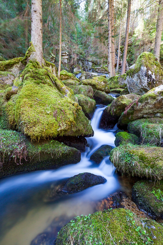 Lohnbachfall, Wasserfall, Bach, Bachlauf, Felsen, Granit, Moos, Wandern, Wanderung