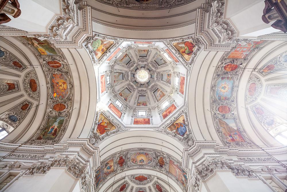 Salzburger Dom, Dom, Domkirche, Barock, Salzburg, Salzburg Altstadt, Mozartstadt, Kurzurlaub, Stadtwandern, Stadtwanderung, Besichtigung, Sightseeing, Kulturrundgang, Sehenswürdigkeiten, Spaziergang,