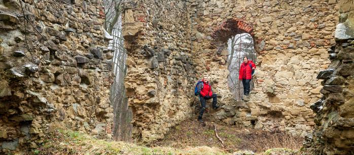 Wandern Wienerwald: Rundtour zur Troppberg-Warte in Niederösterreich