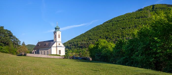 Wandern 3 Kirchen-Rundweg über Klein Mariazell im Wienerwald