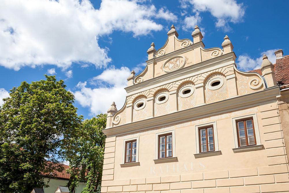Rathaus, Falkenstein, Ruine Falkenstein, Falkenflug, Weinviertel, Niederösterreich, Wandern, Wandertipp, Ausflug