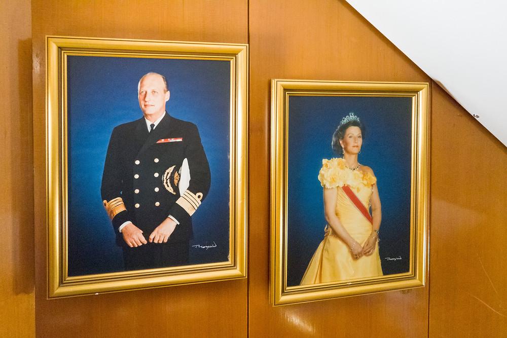 König Harald und Königin Sonja auf der MS Lofoten