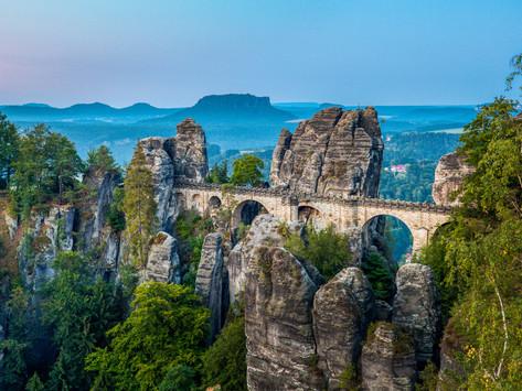 Deutschland - Sächsische Schweiz: über die Schwedenlöcher zur Elbe und hoch zur Bastei