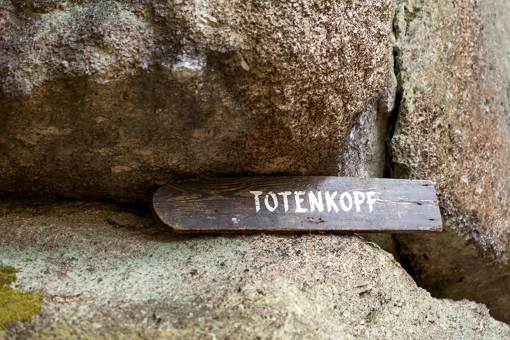 Totenkopfstein, St. Oswald, Waldviertel, Niederösterreich, Granit